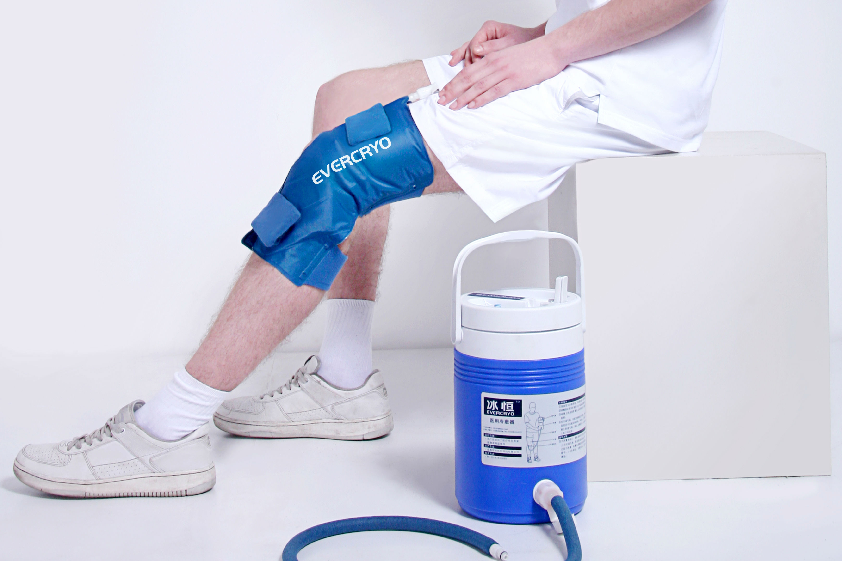 Cryo Cuff With Cooler - Knee (H2-M)