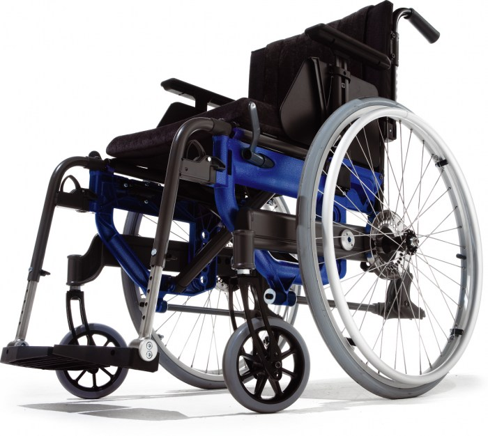 To make Etac Next wheelchair even smoother to propel, the wheelchair features shock absorbers as standard.